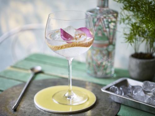 Ealing Gin Summer Rose Al Fresco 2